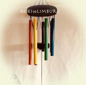 Zeven kleuren 7 chakras windgong Prof. blz