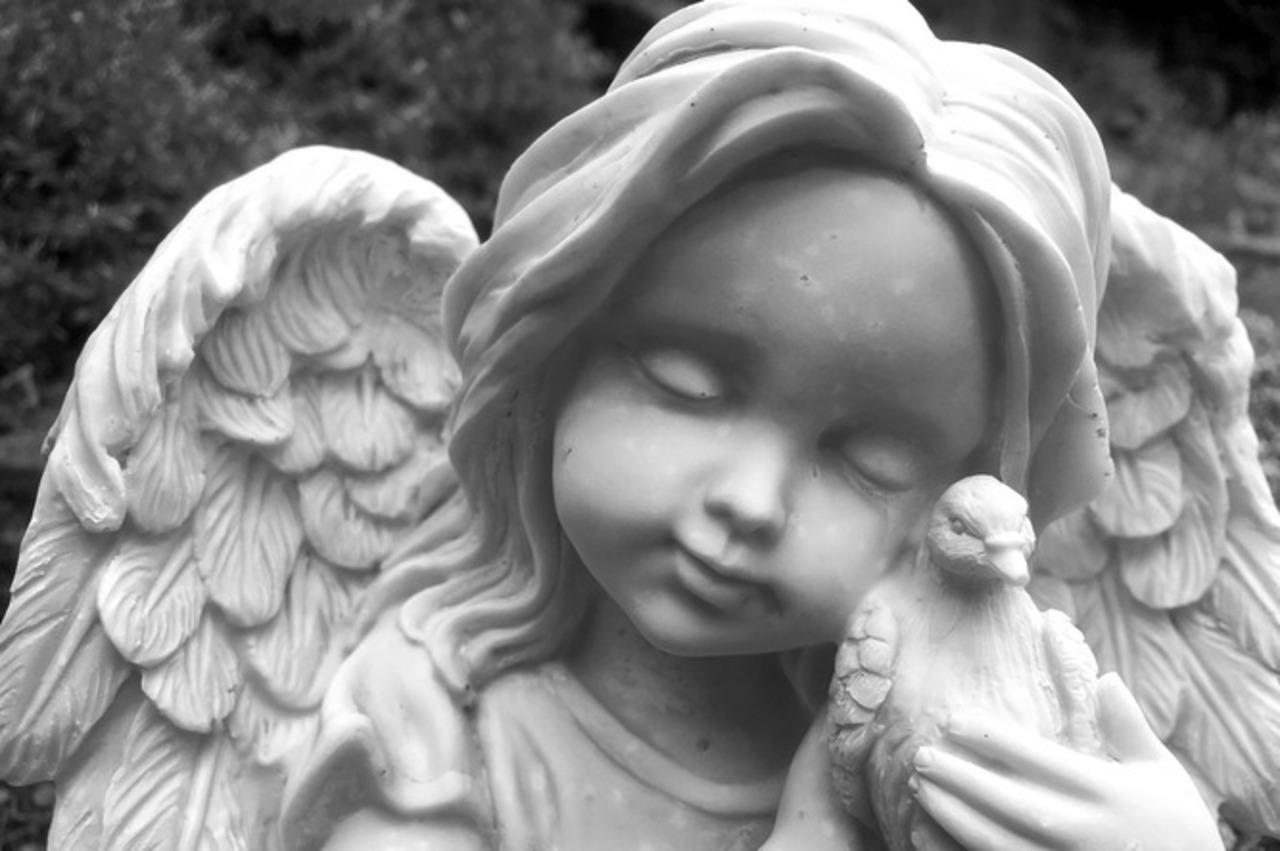 Engelen en edestenen