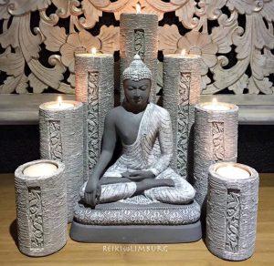 Complete set Thaide Boeddha incl. kandelaars CA. 15KG.