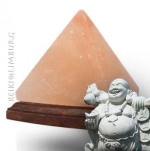 zoutsteen-lamp-piramide.