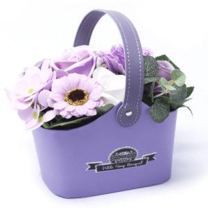 2. Kleine boeketmand - delicate lavendel